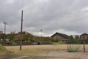 富山県南砺市立城端中学校校庭