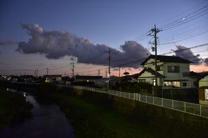 寒川神社近辺の川からの景色