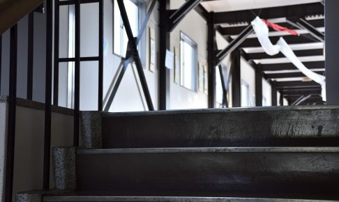 校舎の階段
